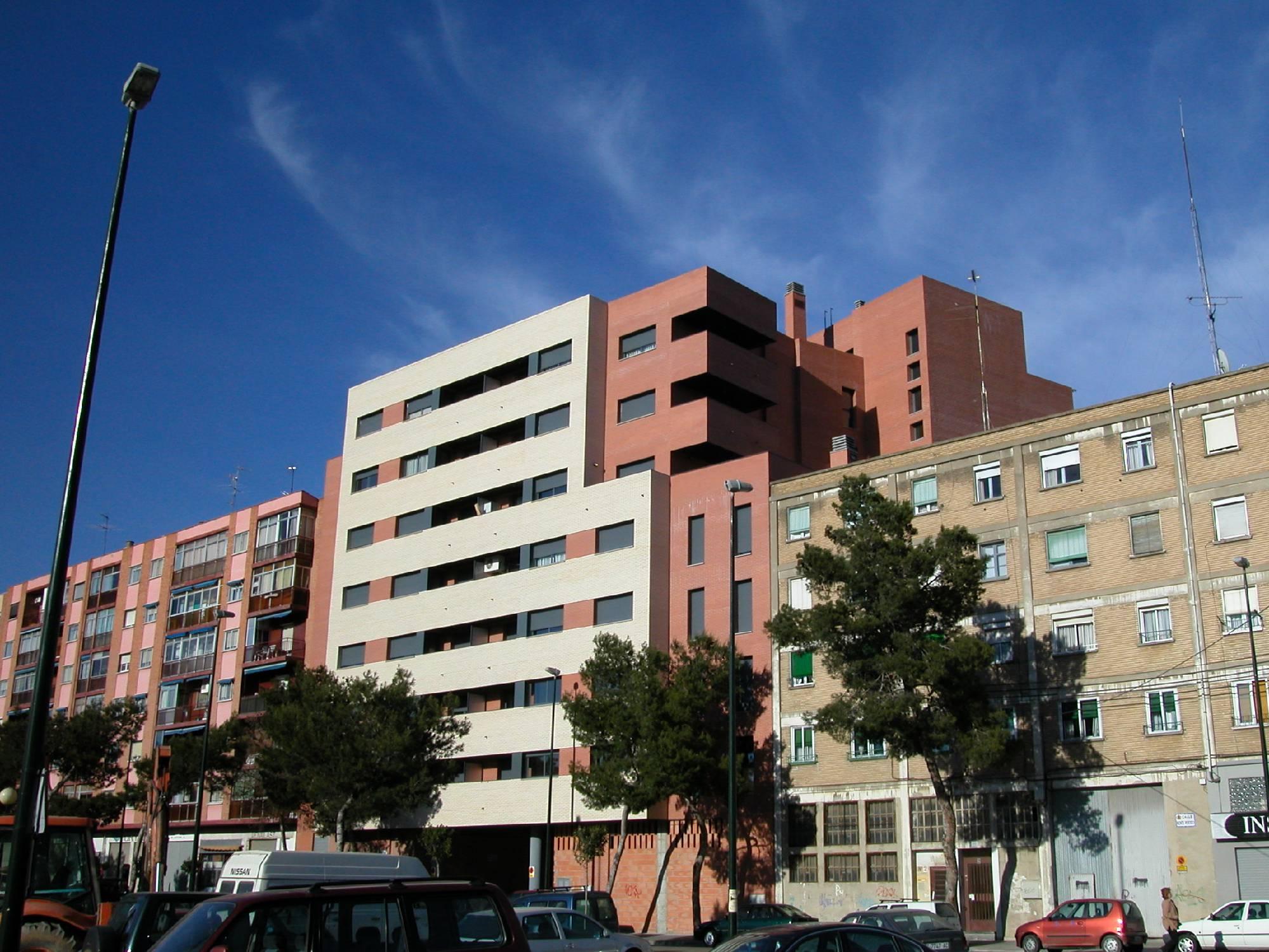 Rmrg arquitectos en zaragoza unifamiliares informes ite - Arquitectos en zaragoza ...